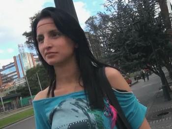 Andrea y la inocencia perdida con 19 añitos... TERMINA LLORANDO